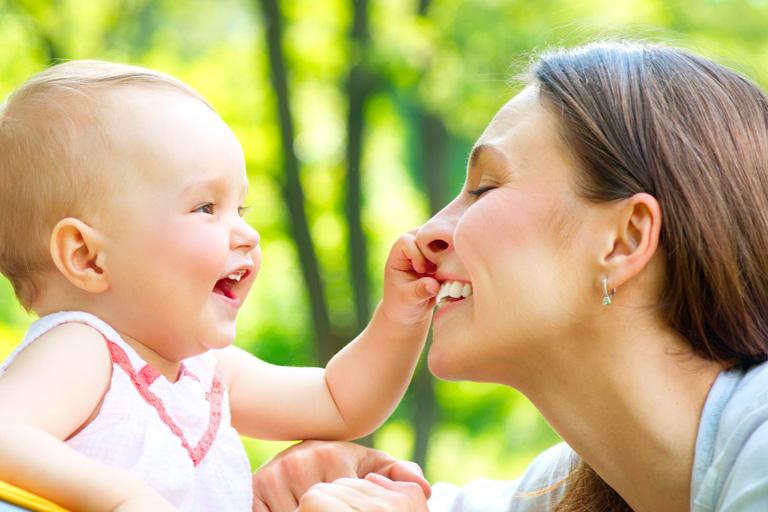 各國媽媽有幾多有薪產假