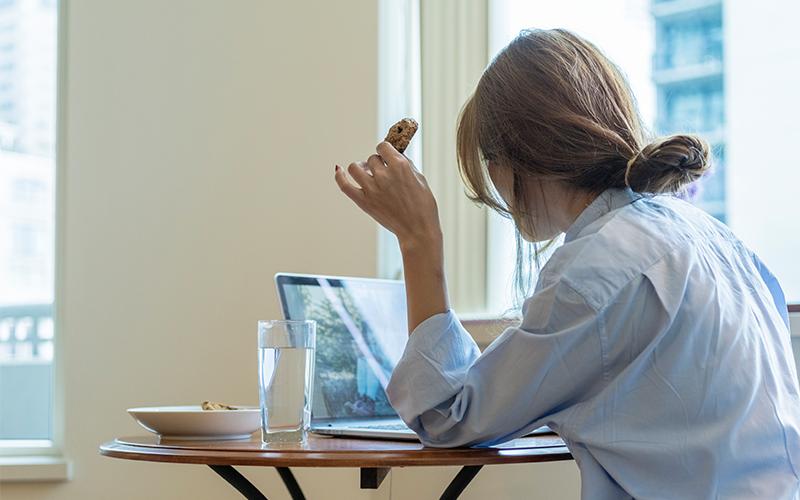 在家工作意外刷新存在感-開視像會議-回覆電郵等5大禮儀見真章-feature