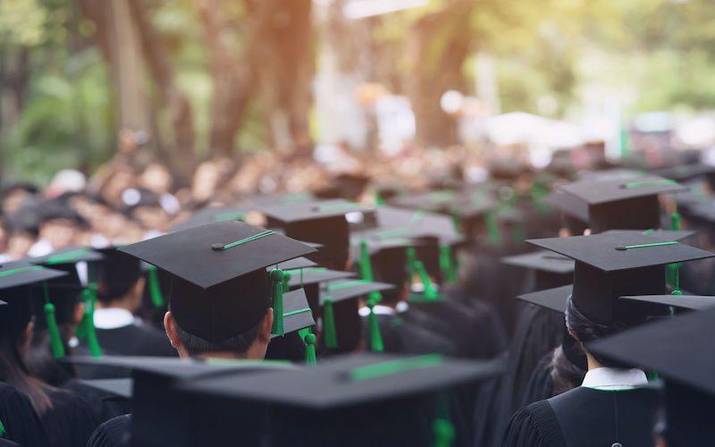 調查:3大起薪點增幅最多職業!邊行畢業生首份工賺最多?-F