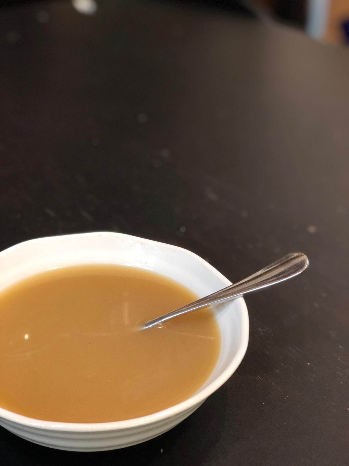 這夜,我從一碗渣都隔埋嘅湯中尋覓快樂