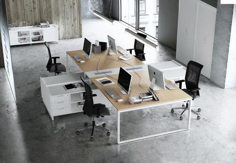 10 office etiquette tips jobsdb singapore for Bureau open space